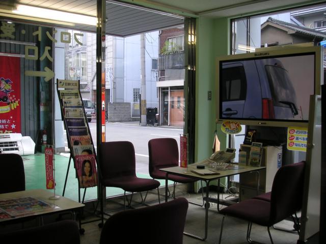 100円レンタカー難波車検センター店の画像3