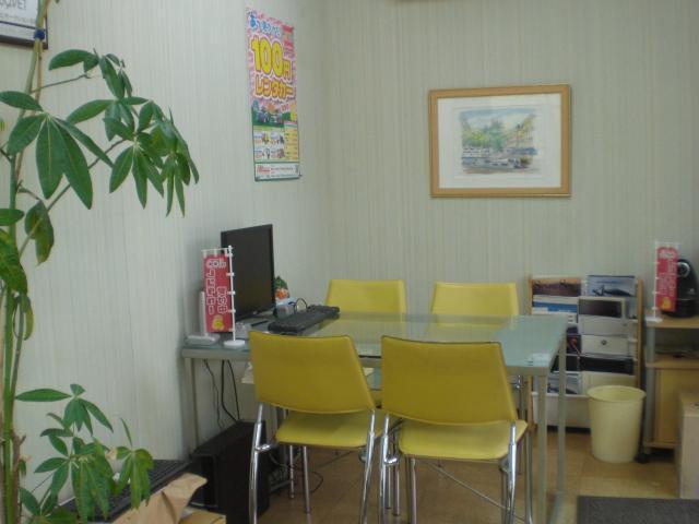100円レンタカー日進赤池店の画像3