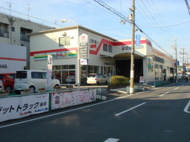 100円レンタカー柏原西店の画像1