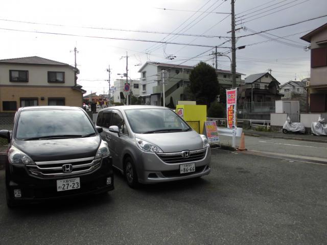 100円レンタカー箕面店の画像2