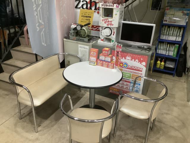 100円レンタカー熊本島崎店の画像3